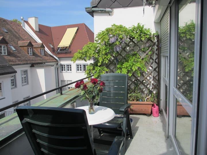 FeWo-Mitten In Freiburg