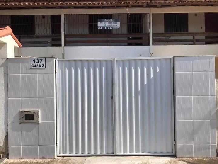 Duplex proximo a Praia da Cidade Nova com 02 quartos e vaga de garagem em Marataizes