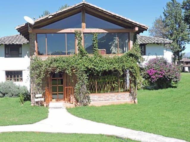 Hacienda Loma Tika Honodia - Carabuela  - Bed & Breakfast