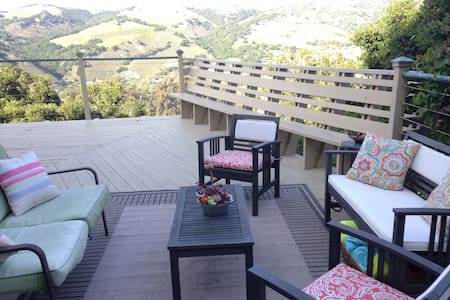 3bedrooms w/Views & Living Room for CA Road Trip! - Carmel Valley