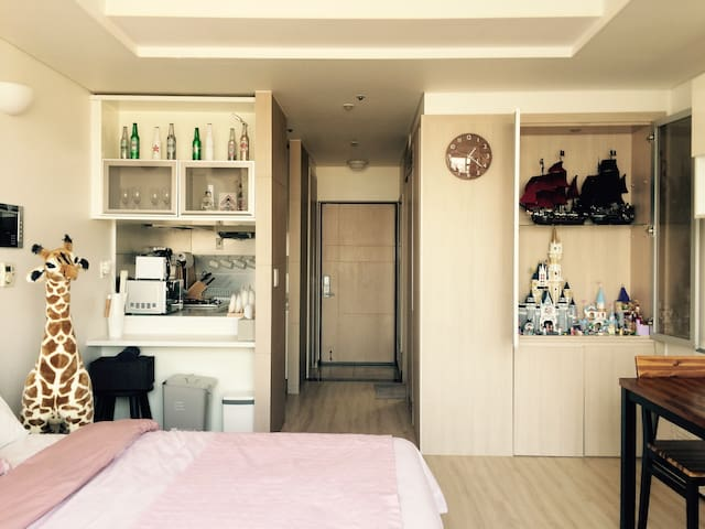 The House! #2: @ Center of Seoul!!! - Yongsan-gu - Appartement