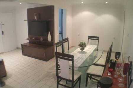 Amplo apartamento 2 quartos para férias e carnaval