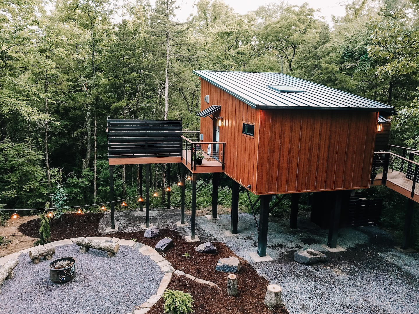 Wow! We found the Best treehouse Missouri Rentals. Save time searching!