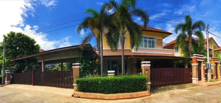 清迈  【Chiang Mai】风情豪华独栋私人泳池别墅 。F欢迎您!
