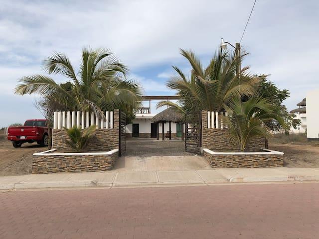 Acogedora Casa de Playa para un escape en familia