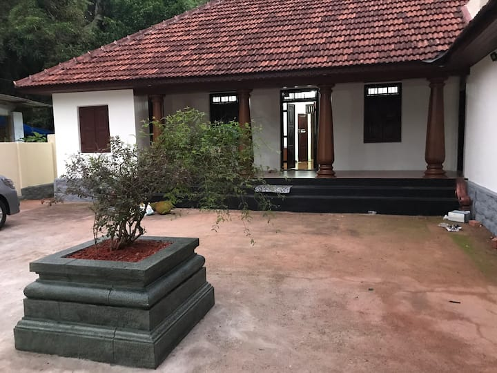 Thenmala Eco Heritage Villa with four bed rooms