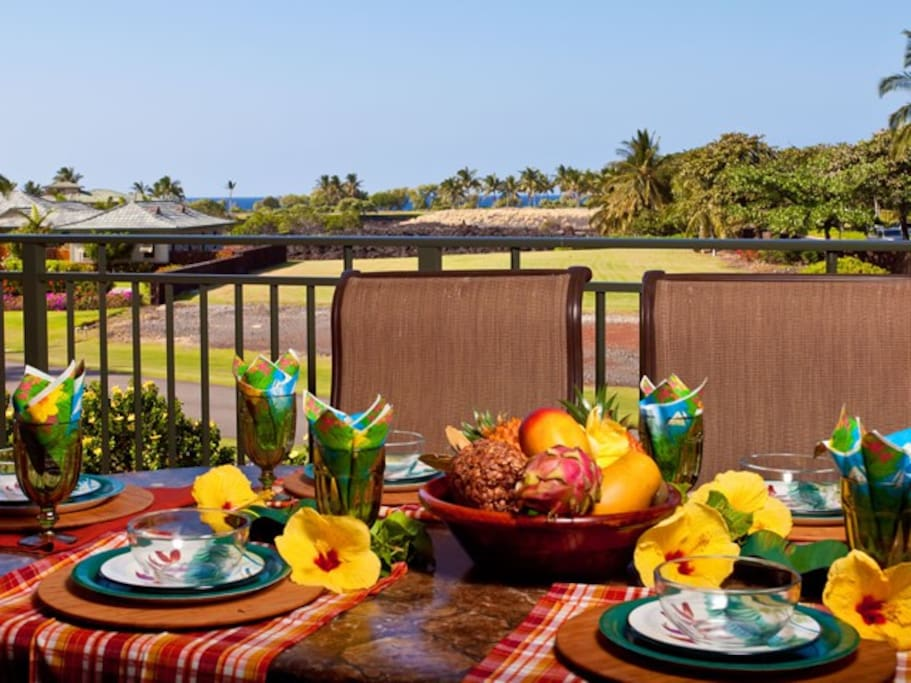 Beautiful Lanai with all the finishing touches to make every meal feel special