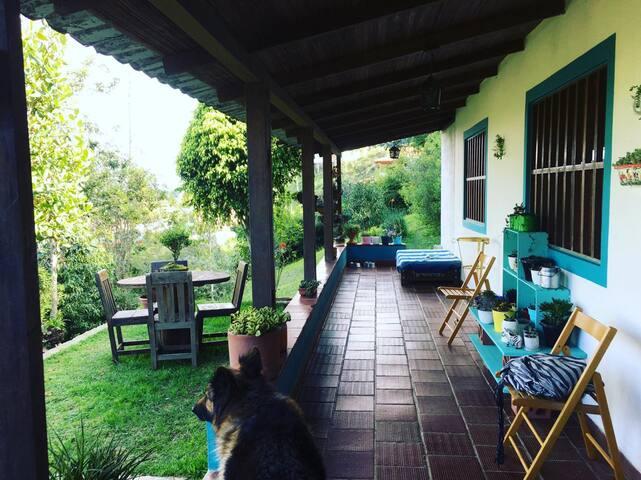 Habitación privada cuádruple / Casa de Campo