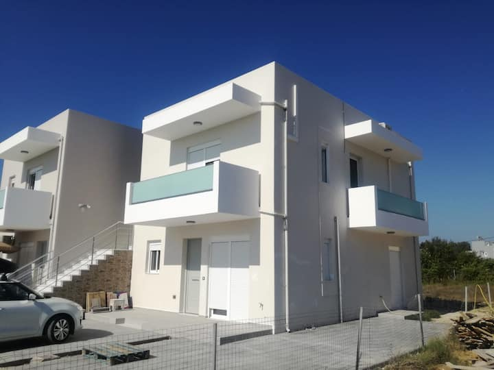 Brand new apartment 150 mt from the sea