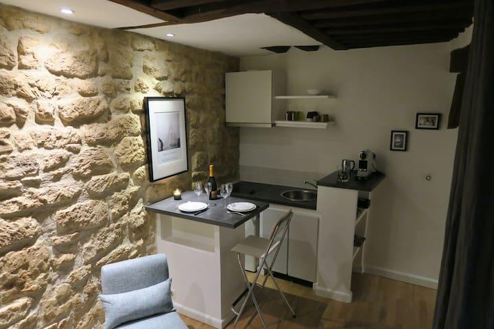Saint Sulpice Studio