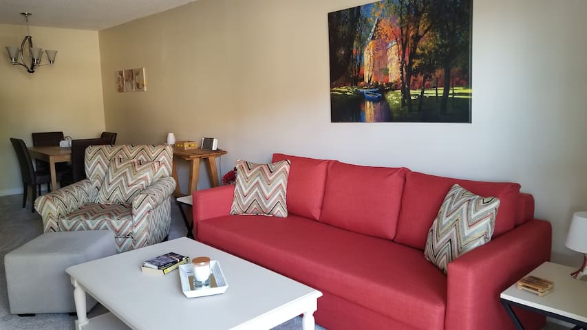 Veronica's DTC Condo - Extended Stay
