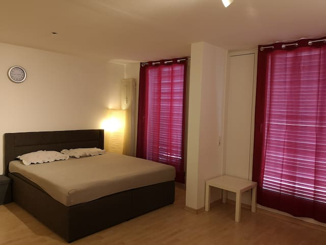 Private Room 30sqm with Private Toilet & entrance