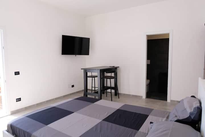 """Rosalia's Apartments """"Maestrale"""", relax vista mare"""