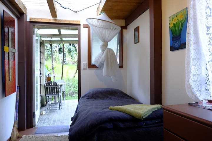 Sunbeam Sanctuary, Garden Cabin - Great Barrier Island - Cottage