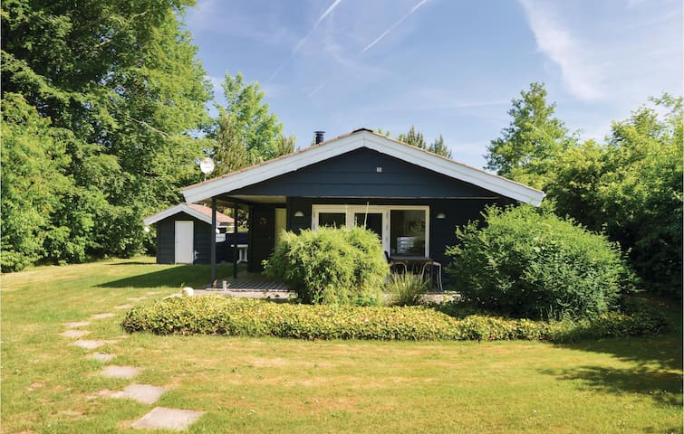 Holiday cottage with 2 bedrooms on 58m² in Hemmet