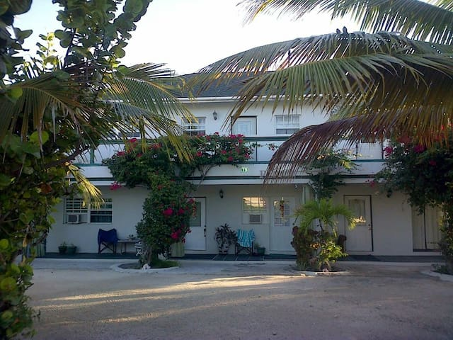 Silver Palm Guest House T&C B3