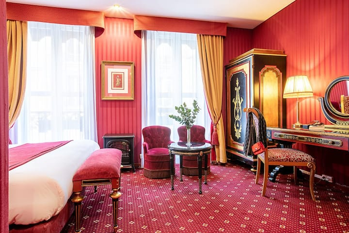 Double Room near Opéra Garnier