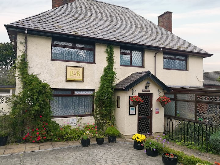 A Charming Plas Tirion guest house - double room