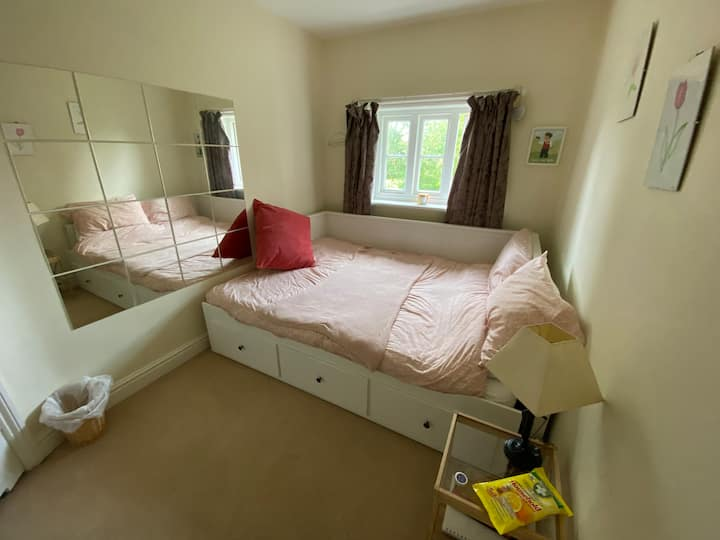 Double room in a cosy farm cottage