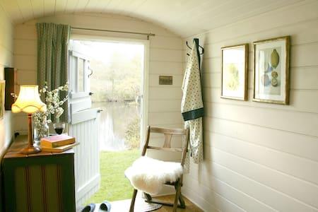 Miller's Hut at Working Flour Mill - 多塞特(Dorset) - 小木屋