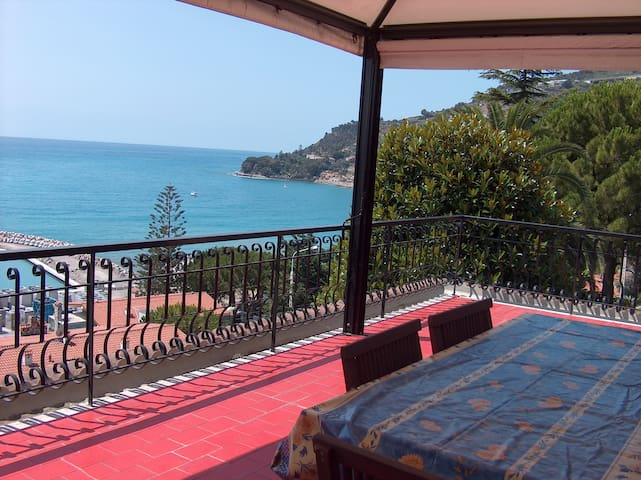 TERRACE  SEA VIEW