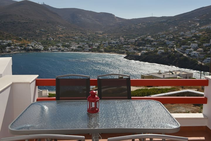 Syros Summer House (red)