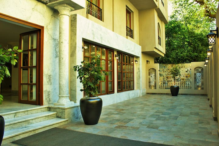 Villa Arabesque- Roof top apartment (Andalusia)