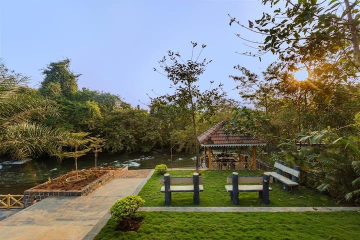 Reva Infinity-4 Riverside Private Cottages, Karjat