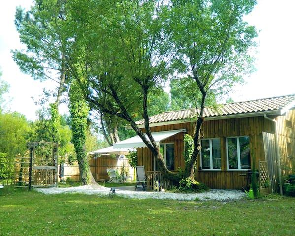 Bassin d'Arcachon: charmant séjour au calme - Mios - House