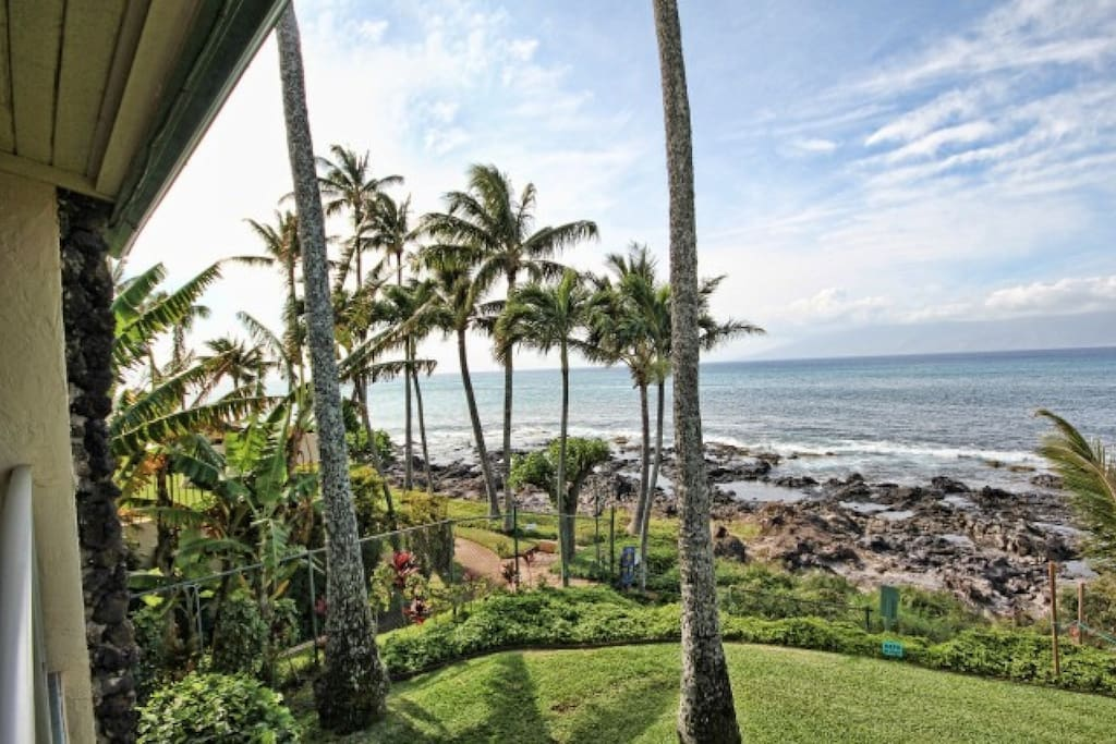 Stunning views of Napili Bay from your upper corner unit.
