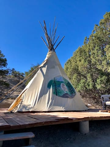 TIPI  · ★Rustic Tipi - Channel your Native Roots!