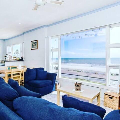 Beachside Shack! - Henley Beach - Apartment