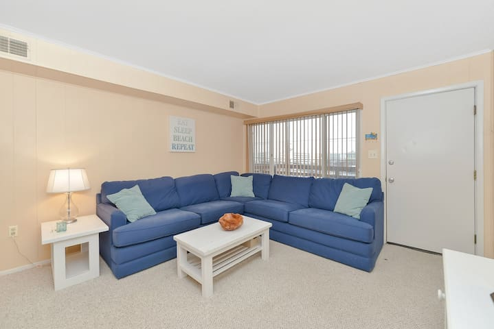 1 BR Ocean Block Condo close to Convention Center - Ocean City - Osakehuoneisto