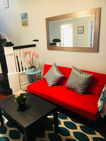 (Six) best bedroom next to John Hopkins universi