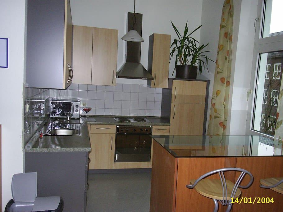 gem tliches apartment in d sseldorf wohnungen zur miete in d sseldorf nordrhein westfalen. Black Bedroom Furniture Sets. Home Design Ideas