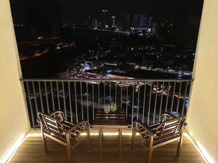 *LANDMARK SUNRISE SEAVIEW* *PRIVATE CINEMA*(温馨海景)