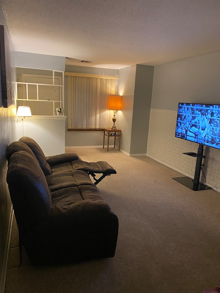 Entire house wit Wifi and Smart TV  4 your comfort