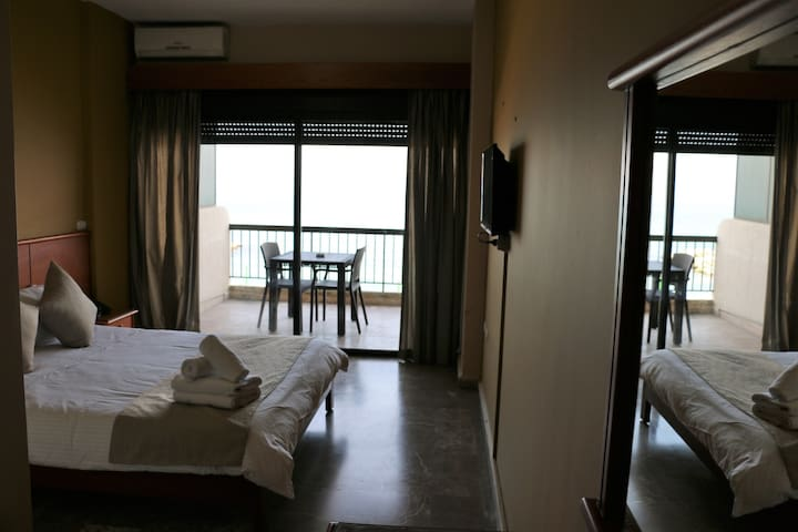 Holiday Suites Hotel is your right choice.