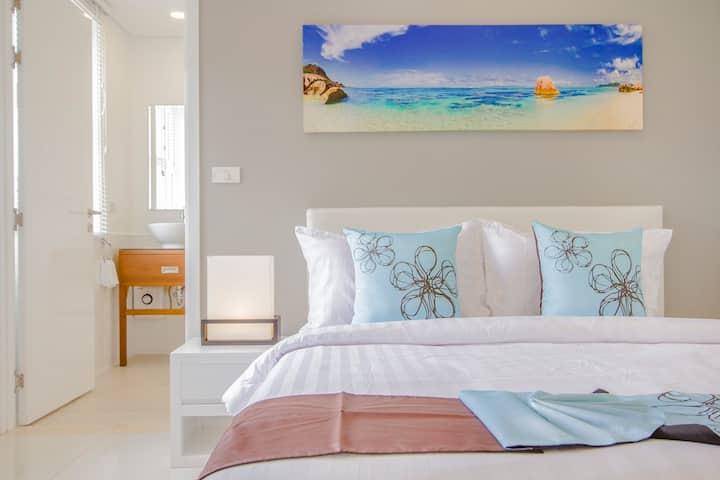 2 Bedroom Serviced Condo Samui (Horizon Residence)