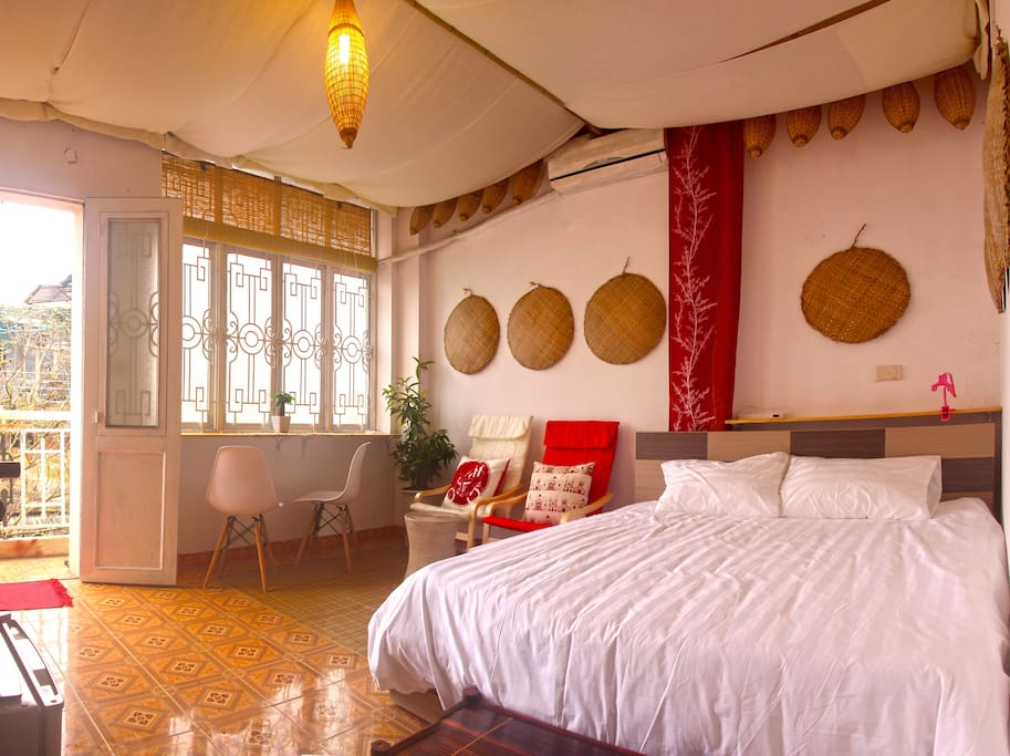 paper nest 2 mins to the cathedral hanoi. Black Bedroom Furniture Sets. Home Design Ideas