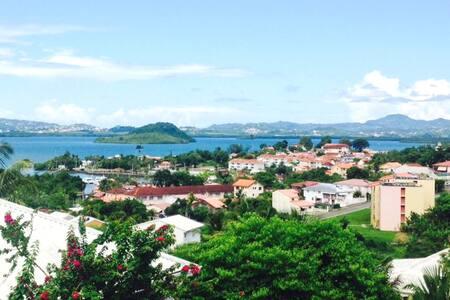 Gde chambre, maison calme, jacuzzi Sud Martinique