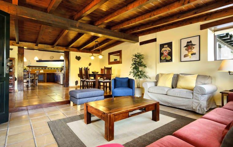 Casa Amaia, your home in La Geria - Masdache - Huis