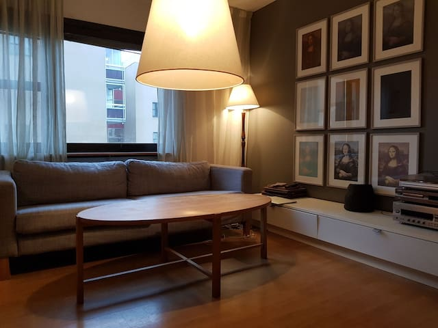 Cozy apartment with easy access to city center.