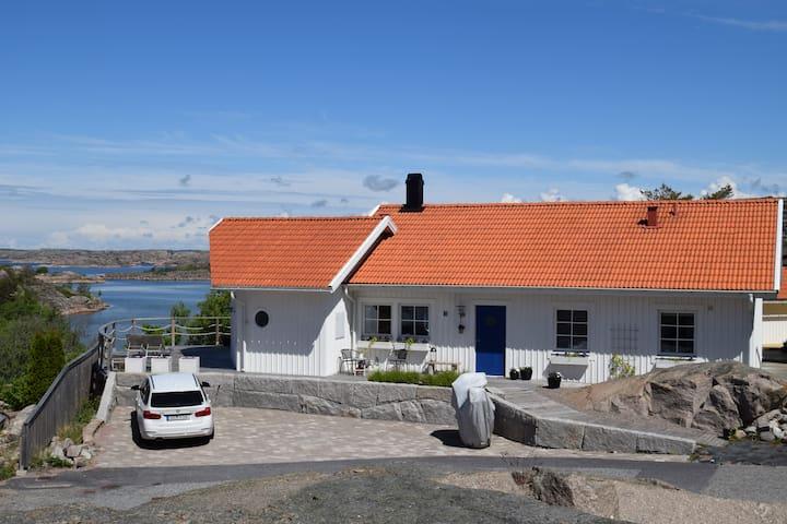 Villa med fantastisk utsikt i hjärtat av Bohuslän!