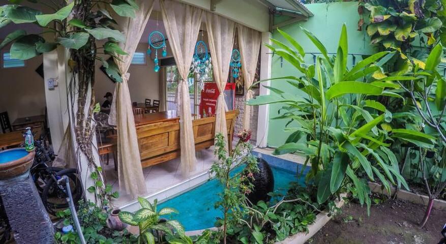 Mi Casa Es Tu Casa Home Stay - Mantrijeron - Penzion (B&B)