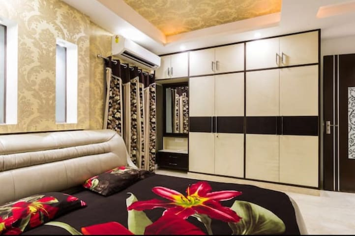 Apartment for Marriage, Shaadi ka Ghar in Delhi