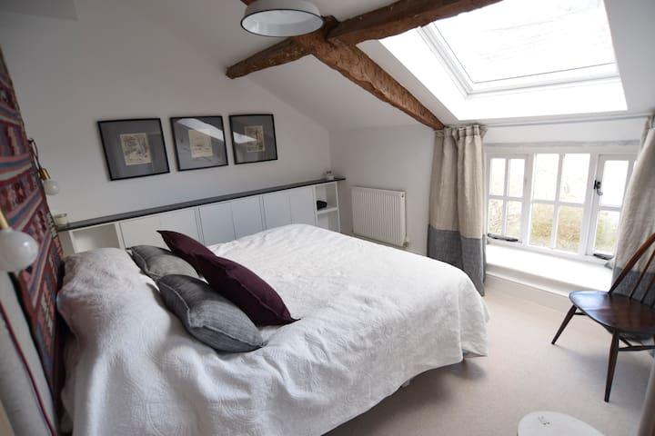 Master bedroom. Superking bed
