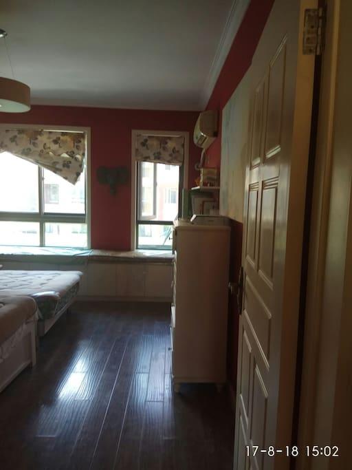 房间整体印象