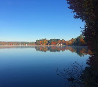 Queen and/or twin bedrooms on lake near Portland! - Windham - Casa