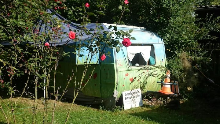 "Romantic Caravan of  ""Buntes Haus i Grünen"""
